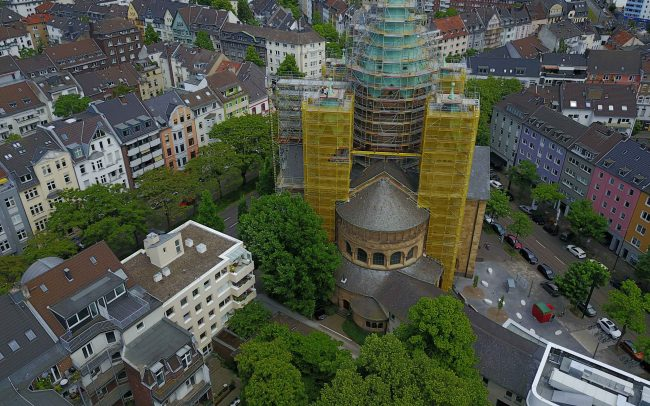 Kirchenrüstung Düsseldorf Kreuzkirche Gerüstbau Kaiser